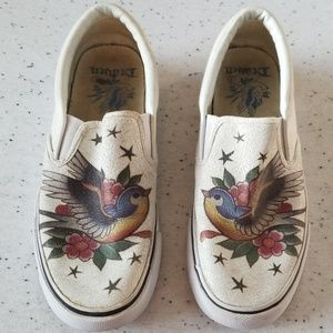Draven slip on sneaker tattoo flash design size 8